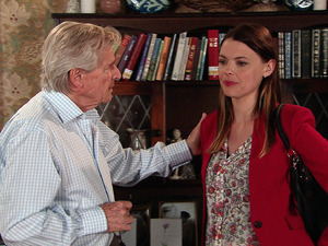 Tracy arrives home in floods of tears and explains to Ken how Robert is already married.