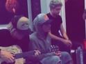 Cody Simpson and a friend join Justin Bieber for relaxed performance of 'Home To Mama'.