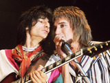 Rod Stewart and Ron Wood of The Faces in 1975