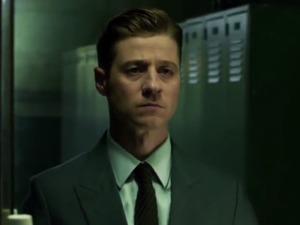 Ben McKenzie in Gotham season 2 promo